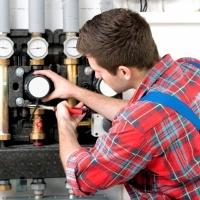 Tecnico manutenzione boiler